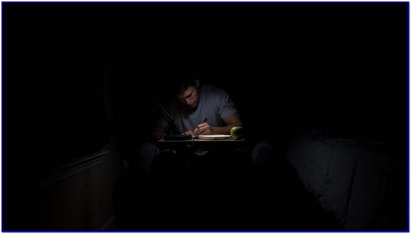 Terapi Otak dengan Menulis Buku